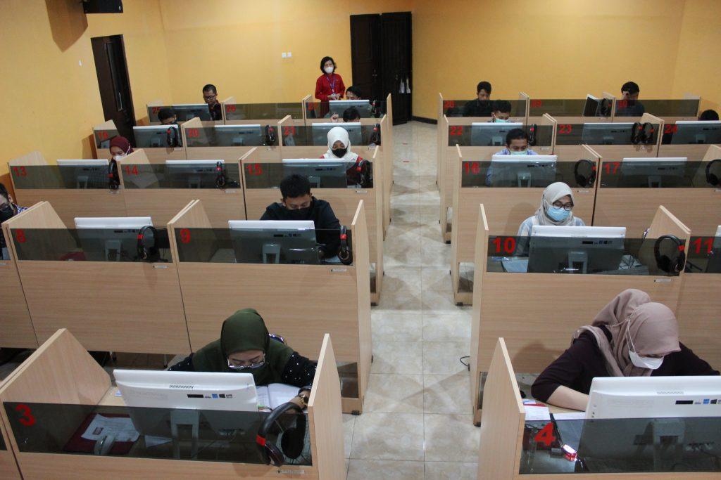 Tes EPT untuk calon Dosen di Pusat Bahasa Unhas